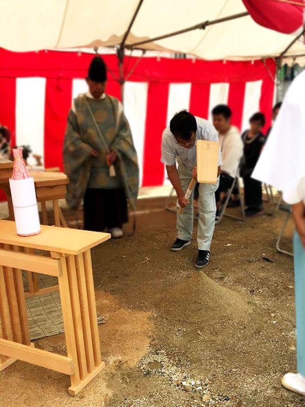 堺市の地鎮祭の事例_鍬入れの儀2
