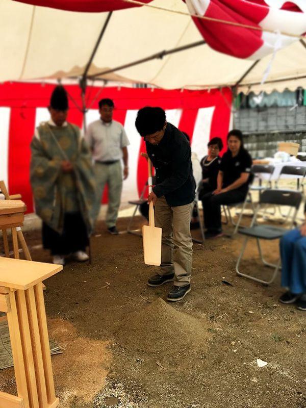 堺市の地鎮祭の事例_鍬入れの儀3