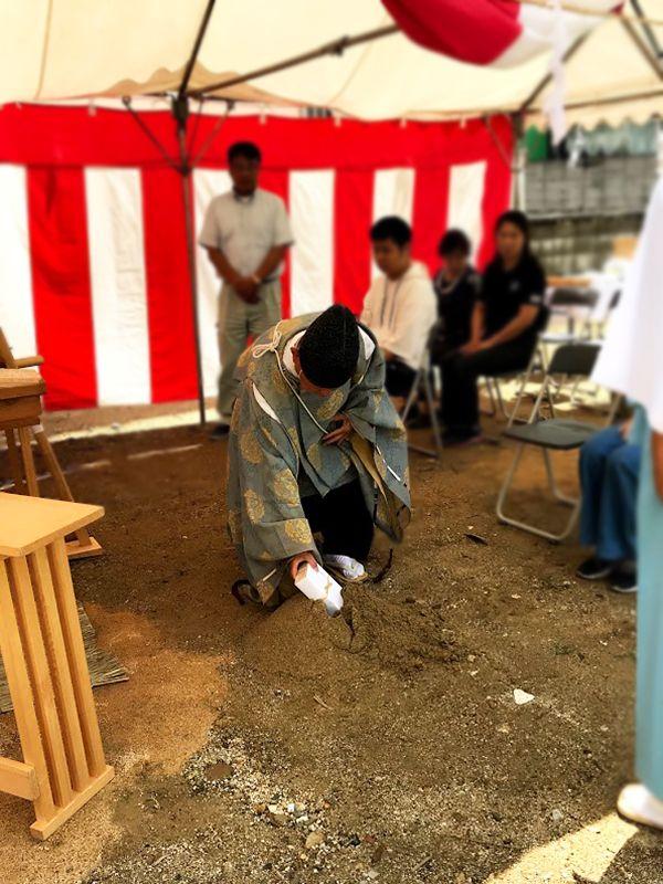 堺市の地鎮祭の事例_供物の儀式